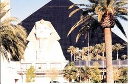 C:\Users\shaun\Documents\memory stick\New folder\New America\web America photos 1\The Luxor Hotel -  10,000km from Egypt!.jpg